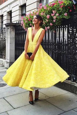 V-neck Homecoming Dress, Cute Yellow Tea Length Lace Prom Dress2017 – Ombreprom