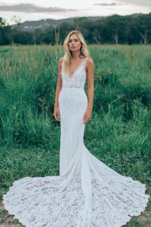 Charming V Neck Sheath Wedding Gowns,Sweep Train Appliques Wedding Dress – Ombreprom