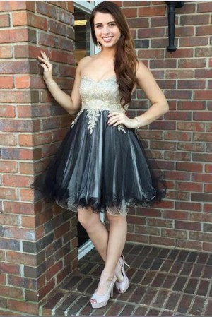 Delicate Sweetheart A Line With Appliques Knee Length Homecoming Dress M603 – Ombreprom