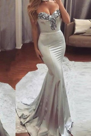 Simple Sweetheart Sleeveless Mermaid Prom Dress with Beading P885