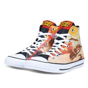 Converse Shoes Chuck Taylor All Star Looney Tunes Canvas High Top Beige