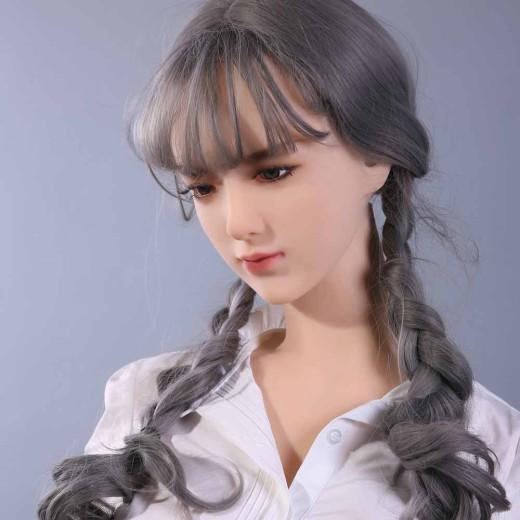 今日のほとんどのセックス人形は恒久的な化粧品を使用していますが、時が経つにつれてフェードインする ...