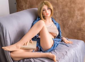 セックス人形は,今日多くの人々に非常に人気があります。なぜそうなのかを自问するかもしれません。セ ...