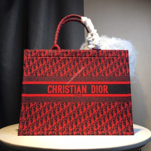 Dior Oblique Book Tote in Embroidered Canvas Red