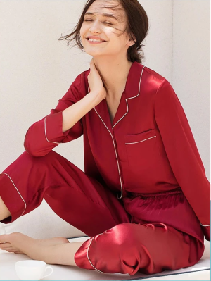 Shop 100% Mulberry Silk Pajamas for Ladies. Best Gift Ever. Free Shipping. Shop From The World&# ...