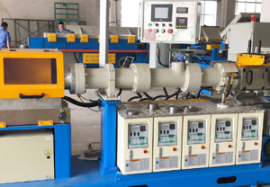 Rubber hose production line because penetrate the rubber and heat the material from core to rubb ...