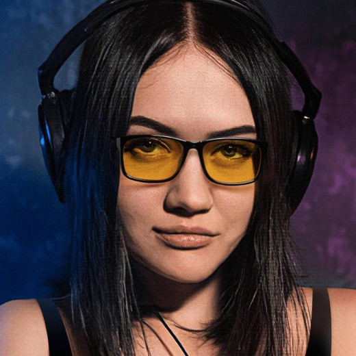 Blue Light Glasses For Gaming – Woman – EyeWearShop