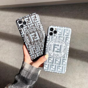 FENDI iphone12/11proケース メンズ フェンデイ アイフォン11pro max/xs保護カバー https://komostyle. ...