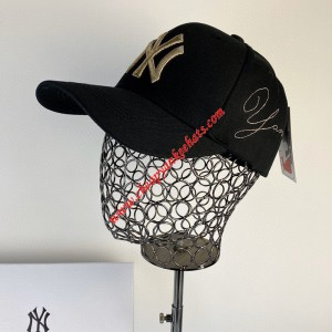 MLB NY Heroes Adjustable Cap New York Yankees Hat Black Outlet New York Yankees Cheap Sale Store