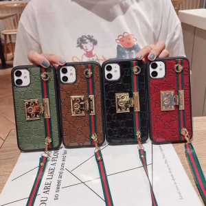 Gucci/グッチ ペアお揃い iphone 12/12 pro max/11/se2ケース 女性向け iphone 11/xs/x/xr/xs maxケー ...