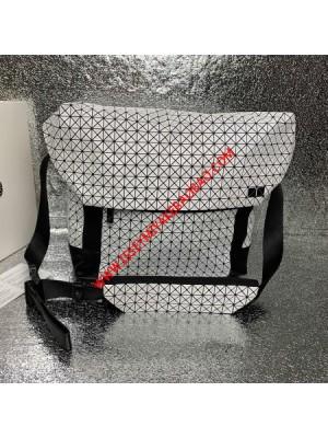 Issey Miyake Kuro Sling Bag White Outlet Bao Bao Issey Miyake Cheap Sale Store