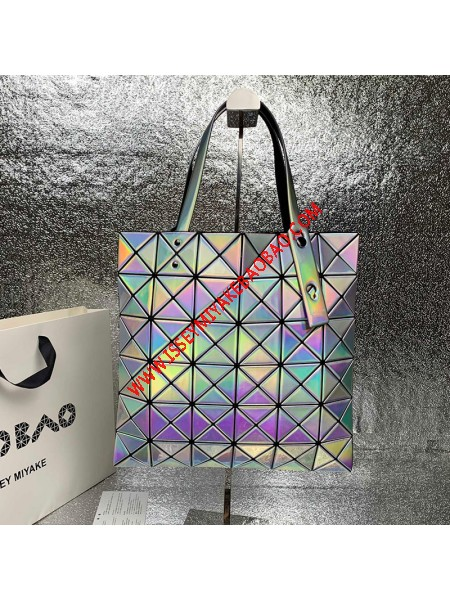 Issey Miyake Lucent Metallic Tote Silver Outlet Bao Bao Issey Miyake Cheap Sale Store