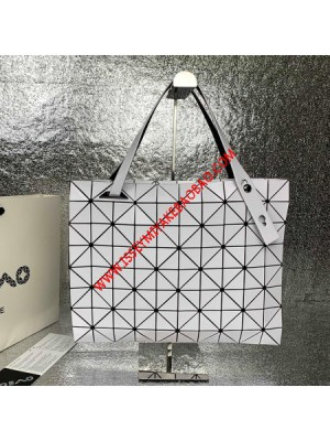Issey Miyake Slash Carton T Shoulder Bag White Outlet Bao Bao Issey Miyake Cheap Sale Store