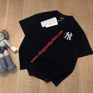 MLB NY Back Big Logo Short Sleeve T-shirt New York Yankees Black Outlet New York Yankees Cheap S ...