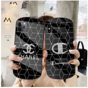 次、紹介するのは chanel IPhone 12/12pro Xperia 5/1/10 II AQUOS R5G Zero2 Galaxy S20+ケース https ...
