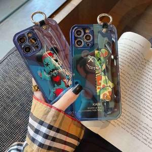 イタズラ 保護ケース kaws iPhone 13pro max ベアブリックiPhone 12promax/12カバーオシャレ シリコン  ...